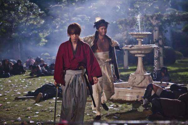 映画『るろうに剣心』 剣心と左之助、武田歓柳の屋敷へ